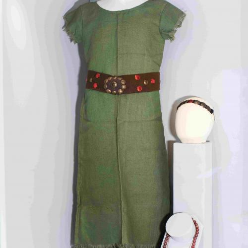 Pageant Fever - exhibition (green dress)