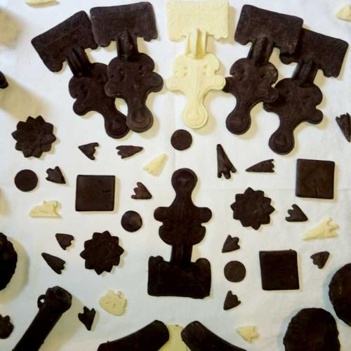 Chocolate replicas
