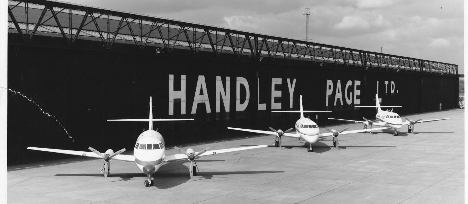 Planes at the Handley Page aerodrome