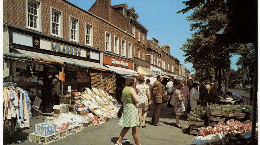 An image of an outside street market in St Albans
