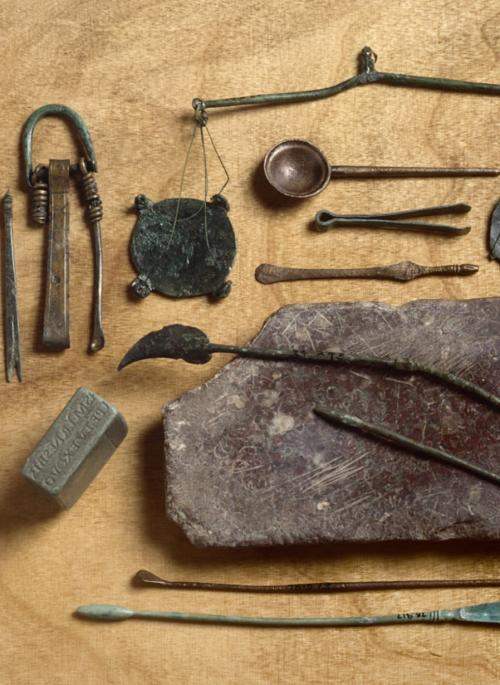 Image of roman utensils used for keeping clean